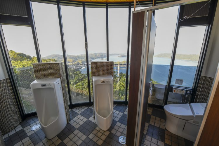 針尾空中展望トイレ